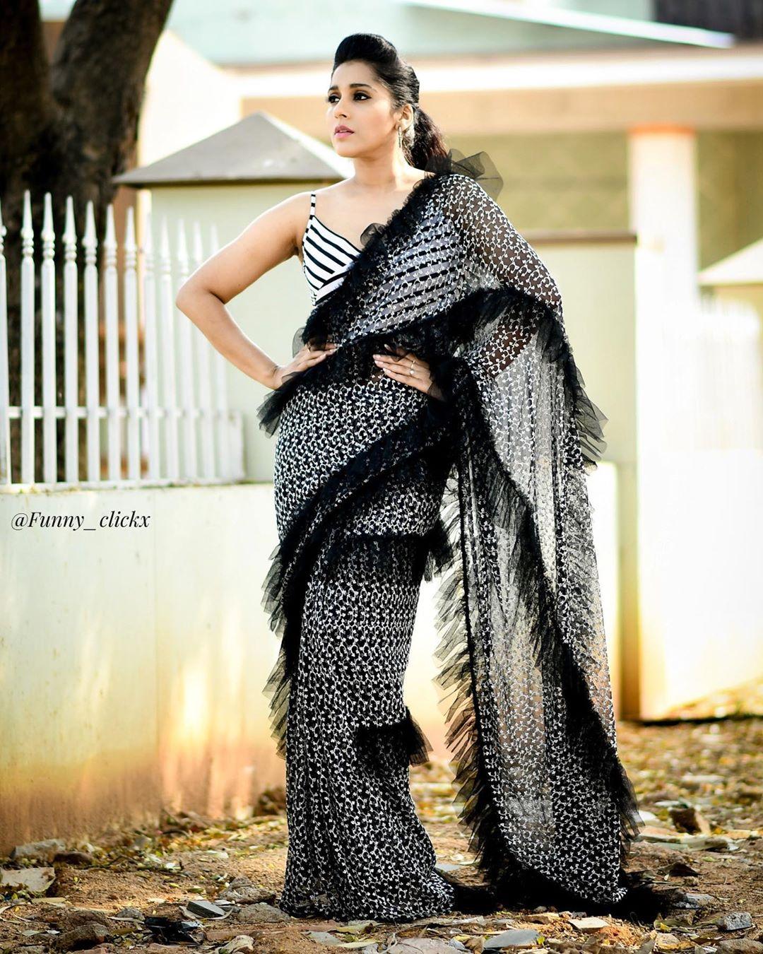 రష్మీ గౌతమ్ ఫోటోస్ Photo:Instagram.com/rashmigautam
