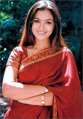 సిమ్రాన్ అసలు పేరు రిషి బాల నావెల్ (File Photo)