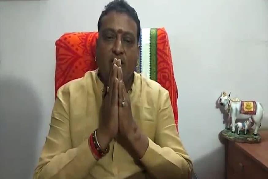 30 ఇయర్స్ పృథ్వీ (30 years prudhvi)