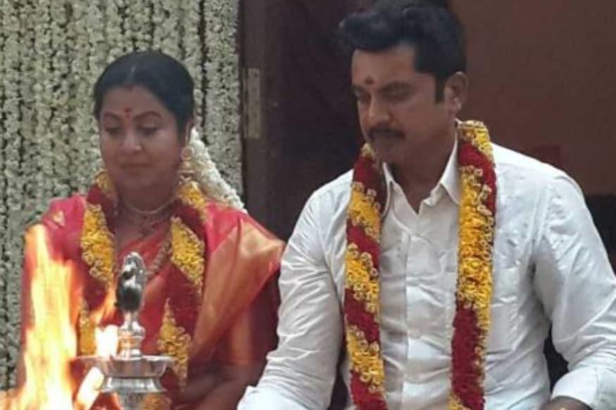 రాధిక, శరత్ కుమార్ ఇద్దరు వాళ్ల మొదటి జీవిత భాగస్వామికి విడాకులు ఇచ్చిన తర్వాతే పెళ్లి చేసుకున్నారు. (Twitter/Photo)