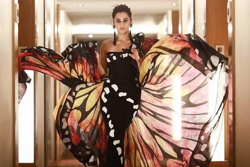 ఫిల్మ్ ఫేర్ అవార్డ్ ఫంక్షన్లో తాప్సీ Photo: Instagram
