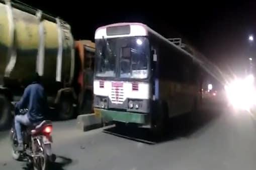 తెలంగాణలో ప్రయాణికుల సహా ఆర్టీసీ బస్సు చోరీ