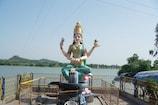 Video: కరోనా ఎఫెక్ట్   బాసర ఆలయం మూసివేత...