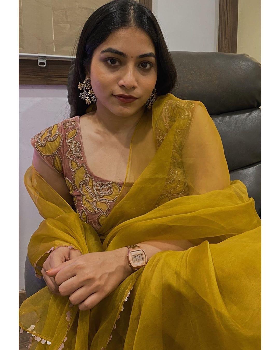 పునర్నవి... అదిరిన లేటెస్ట్ పిక్స్.. Photo: Instagram/punarnavib