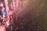 Video : యూపీలో హోలీ సంబరాలు... రంగుల సంద్రమే...