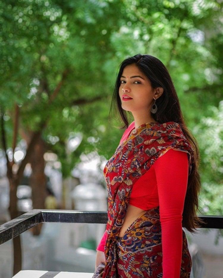 నటి కల్పిక గణేష్ హాట్ పోటోషూట్ (Kalpika Ganesh hot photos/ Instagram)
