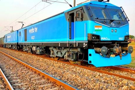 Indian Railways : మేక్ ఇన్ ఇండియాలో తయారైన పవర్ఫుల్ రైల్ ఇంజిన్...