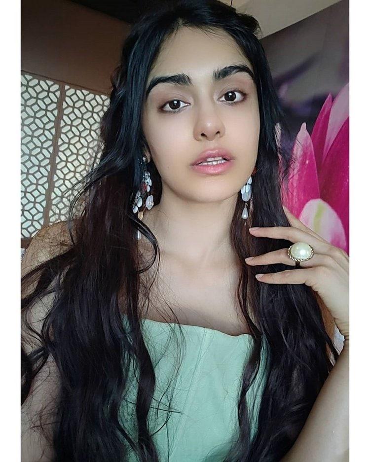 అదా శర్మ హాట్ షో (adah sharma/instagram)