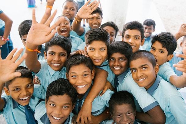 ఏపీలో నవంబర్ 2 నుంచి పాఠశాలలు.. ప్రతీ స్కూల్ లో వైద్య సిబ్బంది.. మంత్రి కీలక ప్రకటన