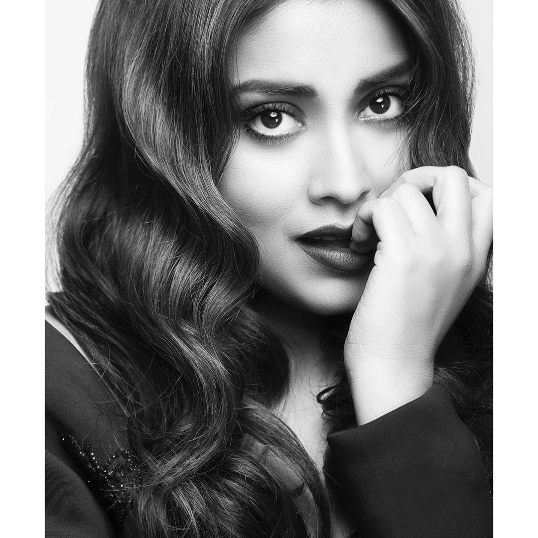 శ్రియ సరన్ లేటెస్ట్ ఫోటోస్ (Instagram/Photo)