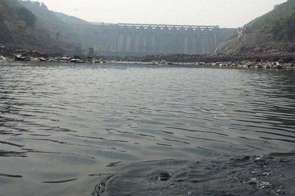 Srisailam Dam: శ్రీశైలానికి భారీగా వరద నీరు.. ఎంత వరకు వచ్చాయంటే..