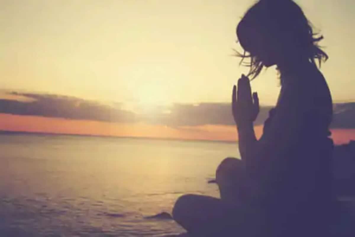 yoga health benefits, yoga for stress, Meditation, Benefits of yoga, Stress, యోగా, ధ్యానం, ఒత్తిడి నివారణ, ఆసనాలు