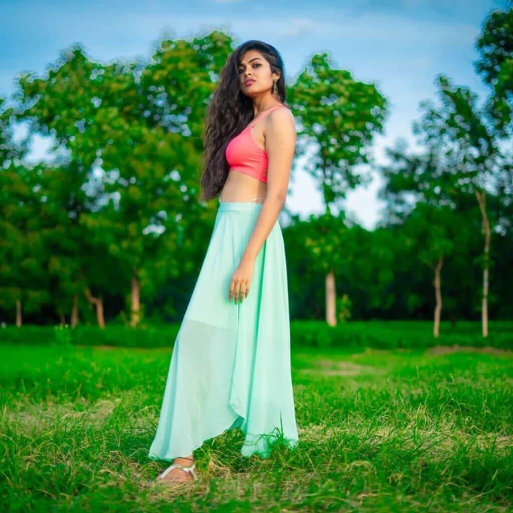 బిగ్ బాస్ 4 బ్యూటీ దివి (Divi Vadthya/Instagram)