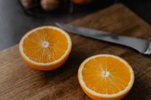 Oranges: నగదు చెల్లించడం ఇష్టం లేక ముప్పై కిలోల నారింజలు లాగించారు.. ఎక్కడో  తెలుసా..?