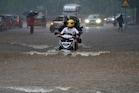 Rains: ఏపీ, తెలంగాణలోని ఈ జిల్లాల్లో భారీ వర్షాలు.. వాతావరణశాఖ అంచనా
