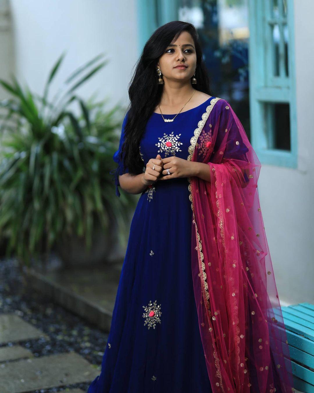 వైష్ణవి చైతన్య క్యూట్ ఫోటోషూట్ (vaishnavi chaitanya/Instagram)
