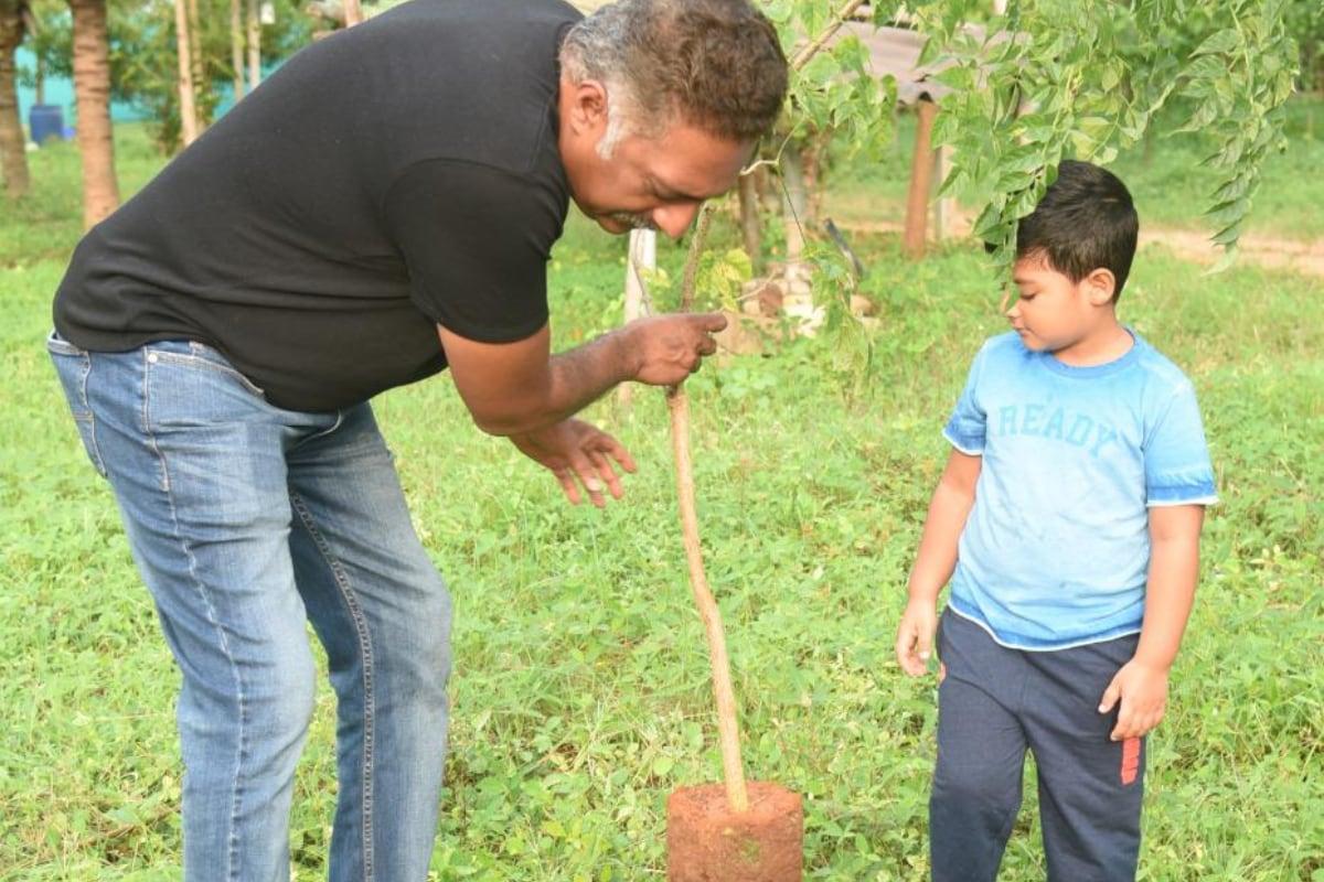 ప్రకాష్ రాజ్ గ్రీన్ ఇండియా ఛాలెంజ్ (prakash raj green india challenge)