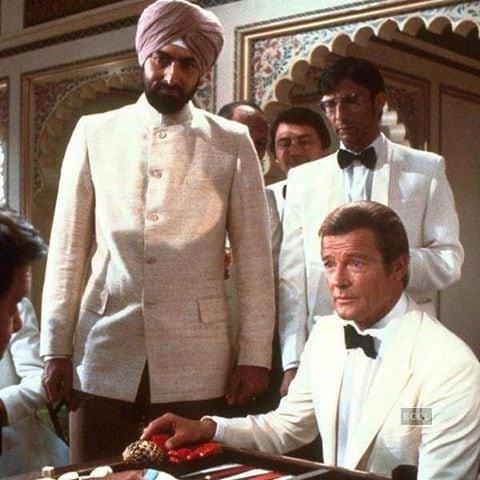 కబీర్ బేడి జేమ్స్ బాండ్ సిరీస్లో వచ్చిన 'అక్టోపస్'తో పాటు పలు హాలీవుడ్ చిత్రాల్లో నటించారు. (Twitter/Photo)