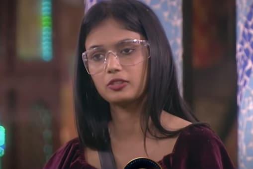 Bigg Boss 4 Ariyana: అరియానానే అందరి టార్గెట్.. బయటికి పంపేయాలని చూస్తున్నారా..?