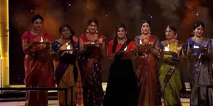 jabardasth comedians at cash program,jabardasth comedy show,jabardasth comedy show promo,jabardasth comedy lady getup,jabardasth lady getup comedians,jabardasth skits,telugu cinema,జబర్దస్త్,జబర్దస్త్ కామెడీ షో లేటెస్ట్ ప్రోమో,క్యాష్ లేటెస్ట్ ప్రోమో,జబర్దస్త్ లేడీ గెటప్స్ కమెడియన్స్