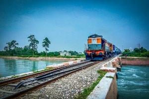 Shirdi Special Trains: సాయిభక్తులకు శుభవార్త... షిర్డీకి తెలుగు రాష్ట్రాల నుంచి స్పెషల్ ట్