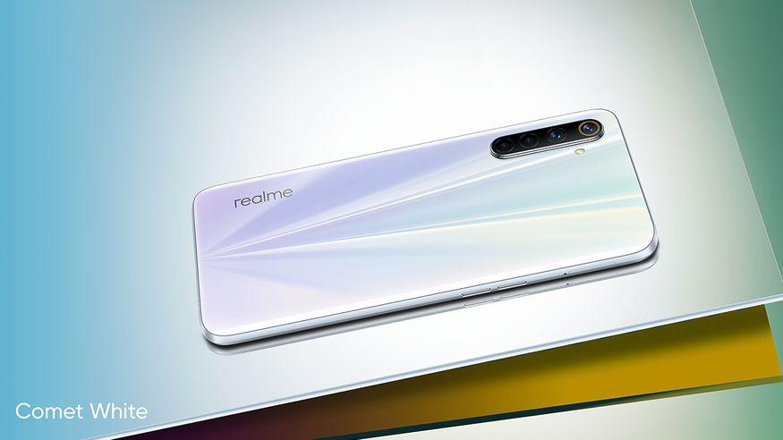 2. Realme 6: రియల్మీ 6 స్మార్ట్ఫోన్ 6జీబీ+64జీబీ వేరియంట్ అసలు ధర రూ.14,999 కాగా ఆఫర్ ధర రూ.12,999.