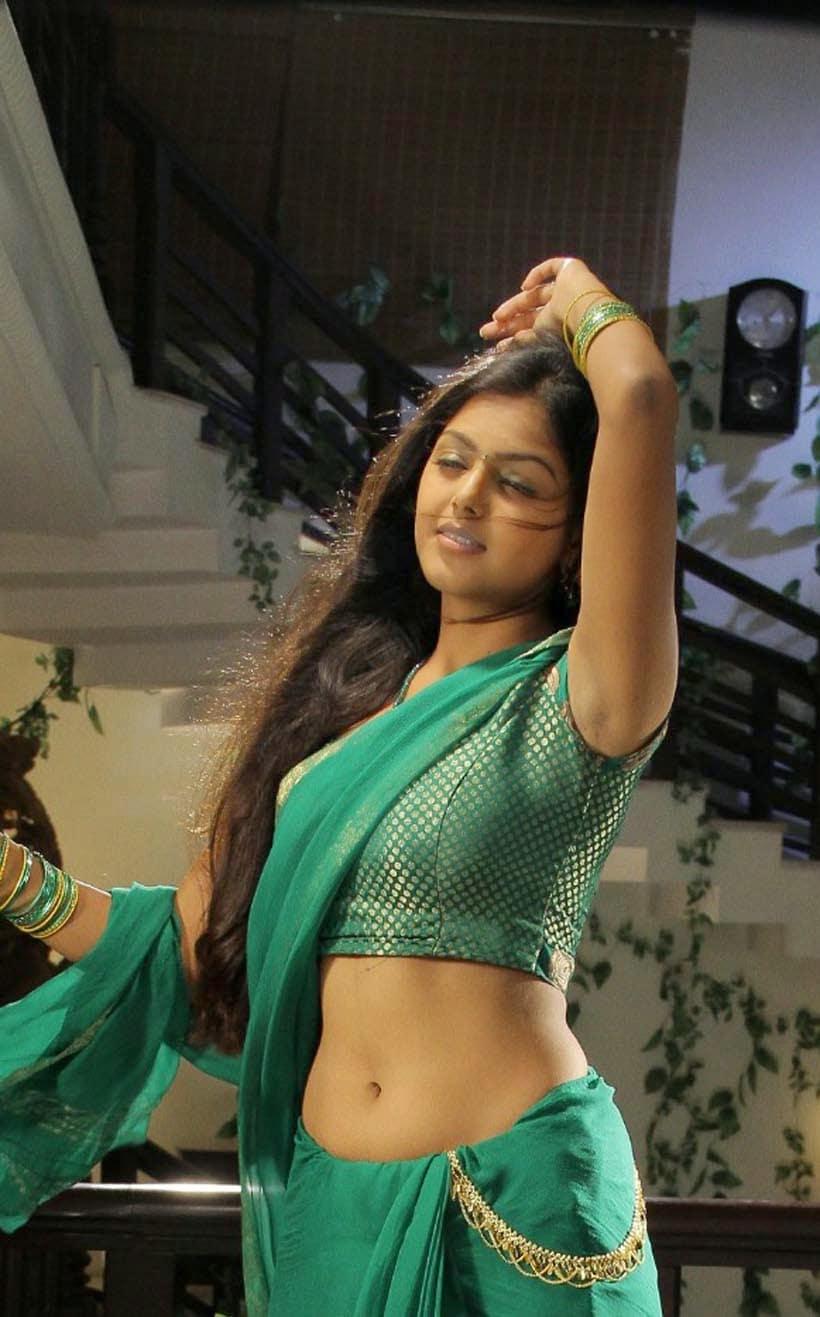 Bigg Boss Telugu 4 : మైమరిపిస్తోన్న బిగ్ బాస్ ప్రేమ పావురం మోనాల్ గజ్జర్ నడుమందాలు.. Photo : Instagram