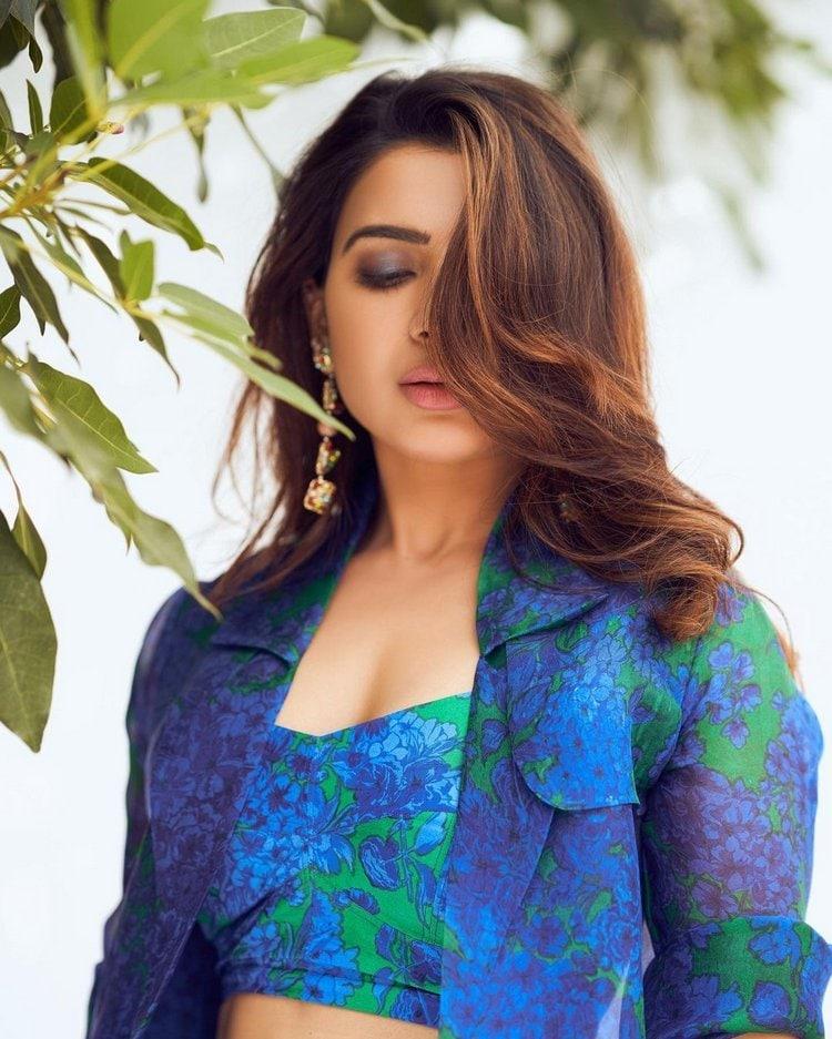 Samantha Akkineni : సమంత అక్కినేని స్టన్నింగ్ ఫోటో షూట్.. అదరగొట్టిన అక్కినేని భామ.. Photo : Instagram