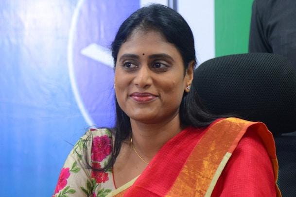 YS Sharmila: తెలంగాణ రాజకీయాల్లోకి వైఎస్ షర్మిల.., కేసీఆర్ సలహతోనే బరిలో దిగుతున్నారా..