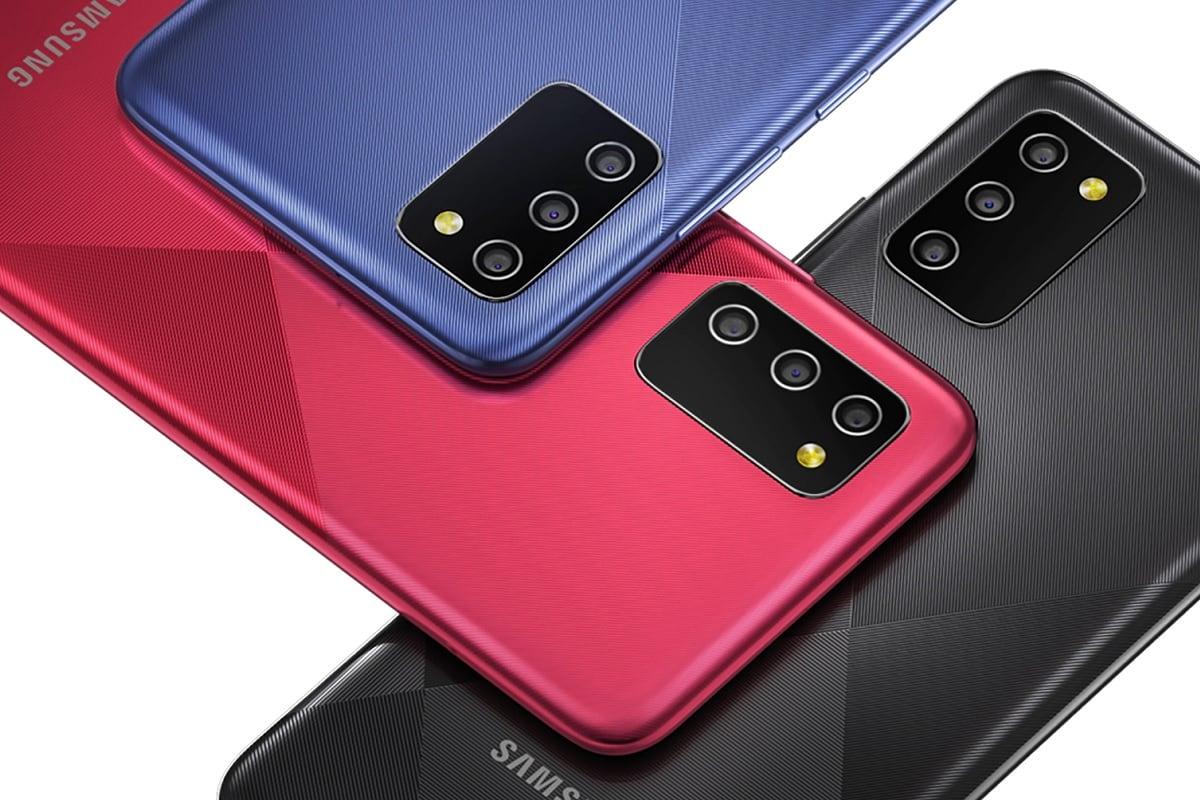 Samsung Galaxy M02s: ఇండియాలో సాంసంగ్ గెలాక్సీ ఎం02ఎస్ స్మార్ట్ఫోన్ జనవరి 7న రిలీజైంది. క్వాల్కమ్ స్నాప్డ్రాగన్ ప్రాసెసర్, 5,000ఎంఏహెచ్ బ్యాటరీ, 15వాట్ ఫాస్ట్ ఛార్జింగ్ సపోర్ట్ లాంటి ప్రత్యేకతలున్నాయి. ఇందులో 13 మెగాపిక్సెల్ ట్రిపుల్ కెమెరా సెటప్ ఉండటం విశేషం. 5మెగాపిక్సెల్ సెల్ఫీ కెమెరా ఉంది. ఐఎస్ఓ కంట్రోల్, ఆటో ఫ్లాష్, డిజిటల్ జూమ్, హెచ్డీఆర్ లాంటి ఫీచర్స్ ఉన్నాయి. (image: Samsung India)