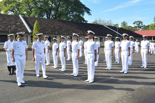Indian Navy Recruitment 2021: ఇంటర్ పాసైనవారికి గుడ్ న్యూస్... ఇండియన్ నేవీలో ఉద్యోగాలు