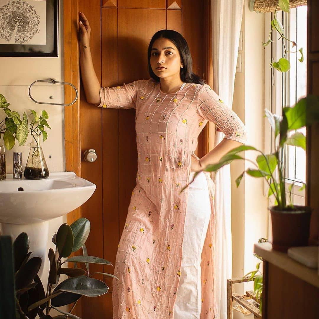 పునర్నవి... అదిరిన లేటెస్ట్ పిక్స్.. Photo: Instagram
