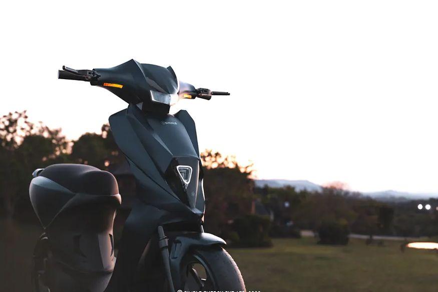 6. సింపుల్ మార్క్ 2 ఎలక్ట్రిక్ స్కూటర్లో 4.8 kWh బ్యాటరీ ఉండటం విశేషం. ఈ స్కూటర్కు సంబంధించిన పూర్తి ఫీచర్స్ తెలియాలంటే ఇంకొన్నాళ్లు వెయిట్ చేయాల్సిందే. (ప్రతీకాత్మక చిత్రం)