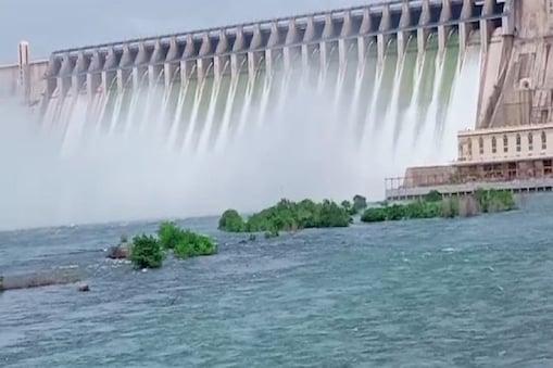 Telangana: సాగర్ ఉప ఎన్నిక పోలింగ్కు సర్వం సిద్ధం.. మాస్క్ ఉంటేనే ఓటేసేందుకు అనుమతి.. చివరి గంట వారికే..