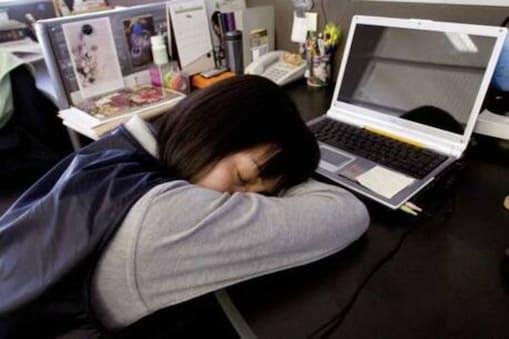 Napping: మధ్యాహ్నం నిద్రపోతే ఎన్నో లాభాలు.. ఇది తెలిస్తే ఆఫీసులో కూడా పడుకోమంటారేమో..