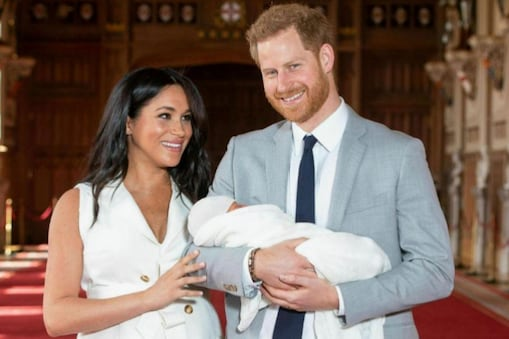 Prince Harry: భార్య కోసం రాచరికం వదులుకున్న బ్రిటన్ ప్రిన్స్... రాజువయ్యా, మహరాజువయ్యా..