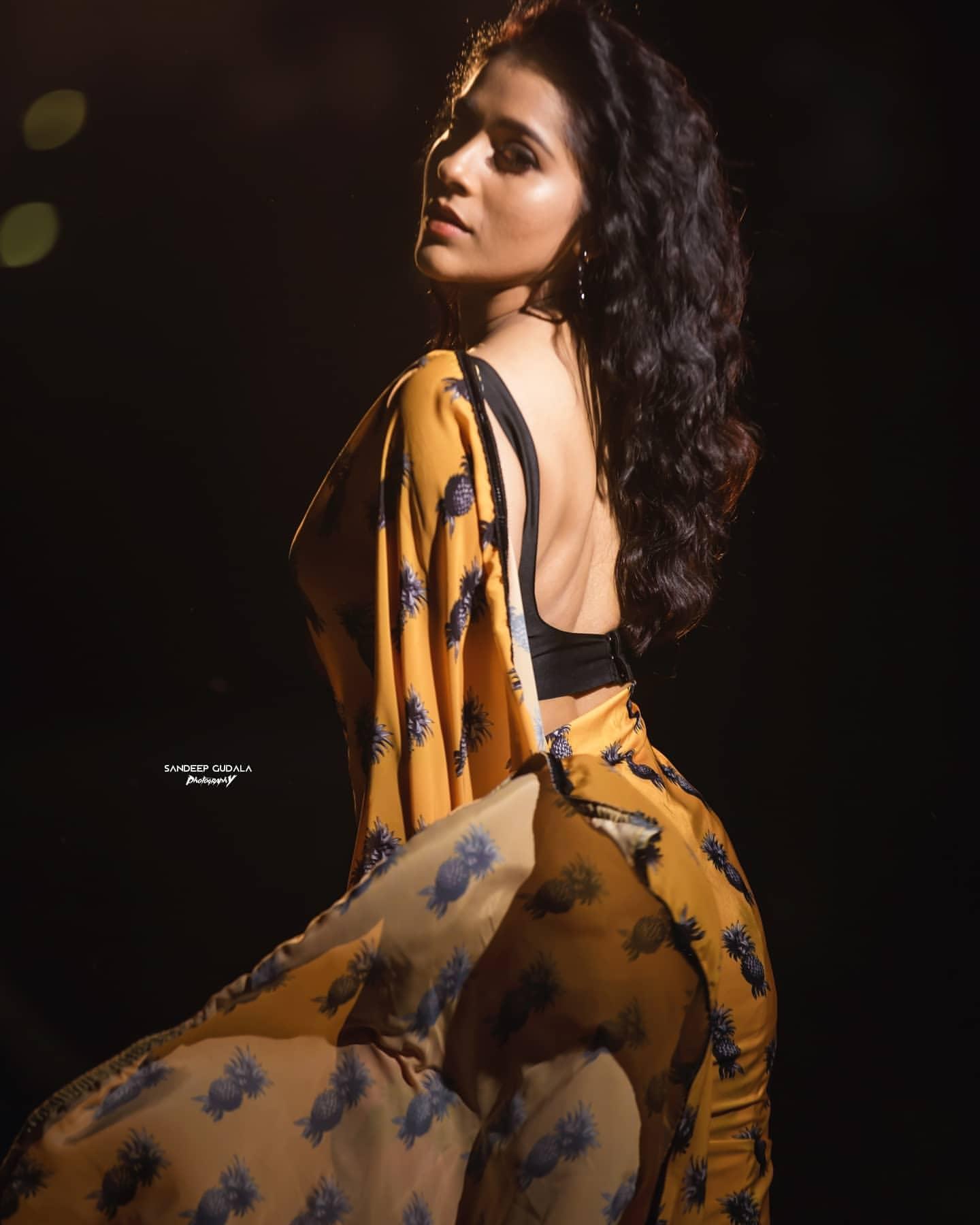 రష్మి గౌతమ్ ( Image: Rashmi/Facebook)