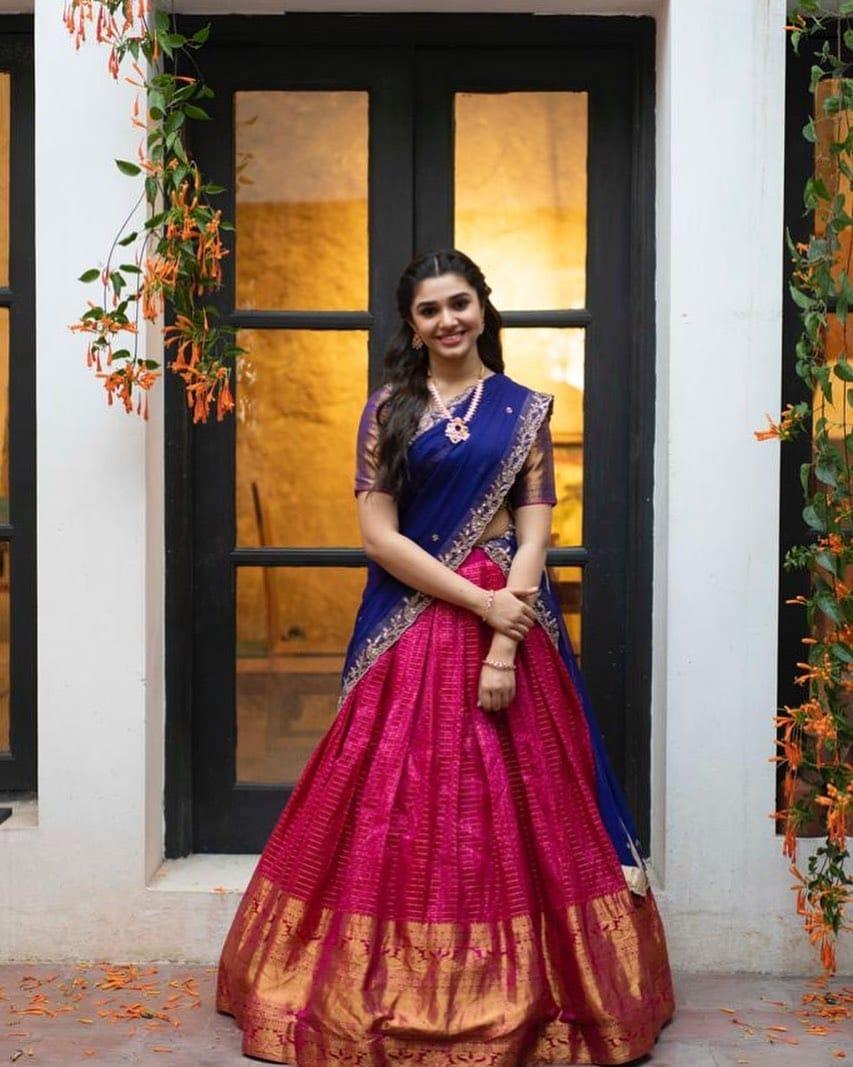 Krithi Shetty: ఉప్పెన ఫేమ్ కృతి శెట్టి బ్యూటీఫుల్ పిక్స్.. Photo : Instagram