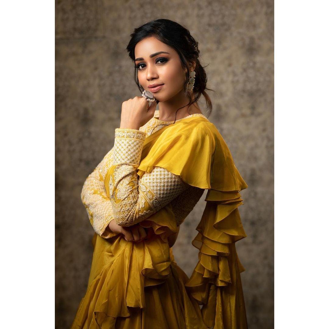 Nivetha Pethuraj : నాచురల్ బ్యూటీ నివేథా పేతురాజ్ బ్యూటీఫుల్ పిక్స్.. Photo : Instagram