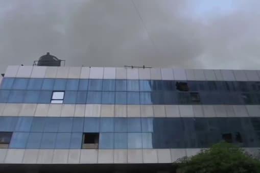 Mumbai Fire Accident: కరోనా ఆస్పత్రిలో భారీ అగ్నిప్రమాదం.. ఇద్దరు సజీవ దహనం