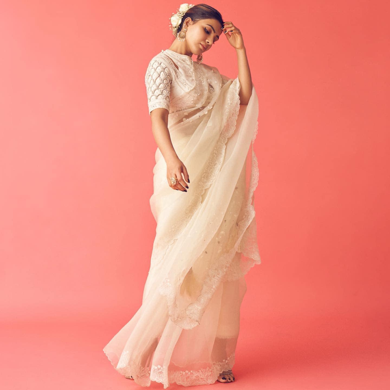 Samantha Akkineni : నయనతార ఈ సినిమాను స్వయంగా నిర్మిస్తోంది. దీంతో పాటుబసమంత, నయనతార కాంబినేషన్లో ఈ సినిమా వస్తుండడంతో సూపర్ క్రేజ్ వచ్చింది.<br /><br />