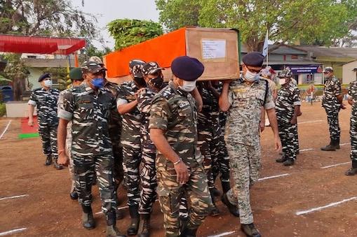 Chhattisgarh Encounter: పచ్చని అడవిలో రక్తపుధారలు.. శవాల గుట్టలు.. ఛత్తీస్గఢ్ ఎన్కౌంటర్ ఘటనలో మొత్తం 22 మంది జవాన్లు మృతి