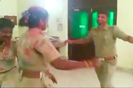 Social media effect : ఎస్సైతో వివాహిత ఫేస్బుక్ ప్రేమ..భర్తకు విడాకులు... చివరికి..?