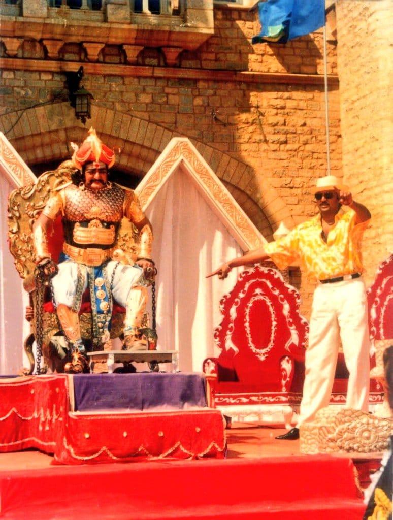 సరిగ్గా 28 ఏళ్ల క్రితం 23 ఏప్రిల్ 1993లో 'మేజర్ చంద్రకాంత్' సినిమా విడుదలై అద్భుత విజయం సాధించింది. (Twitter/Photo)