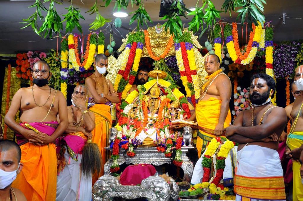 వైభవంగా శ్రీరాముని మహాపట్టాభిషేకం