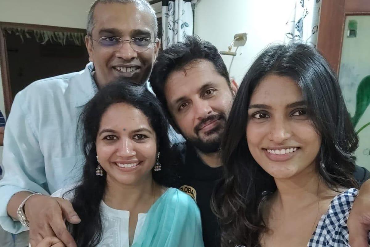 Singer Sunitha : కరోనా వేళ గుడ్ న్యూస్ చెప్పిన సింగర్ సునీత.. ఖుషీ అవుతన్న ఫ్యాన్స్.. Anchor sunitha Instagram
