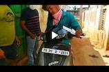 Telangana: కరోనా సోకిన వ్యక్తి ఇంటింటికి తిరుగుతూ పరీక్షలు.. ఆసుపత్రిలో కిట్లను దొంగిలించి