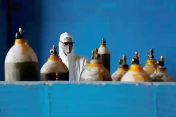 Oxygen : ఆక్సిజన్ సిలిండర్ల తయారీ యూనిట్ల షట్డౌన్..ఈ టైంలో ఇది న్యాయమేనా..?