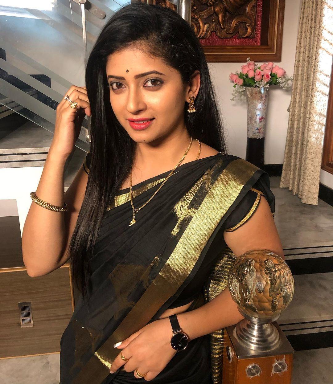Pallavi Gowda, TV Actress Pallvi, Serial Actress, Pallvi Gowda Insta Photos