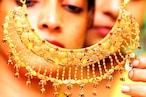 Gold Rates 21-6-2021: భారీగా పడిపోతున్న బంగారం ధరలు... కొనుక్కునే వారికి మేలు